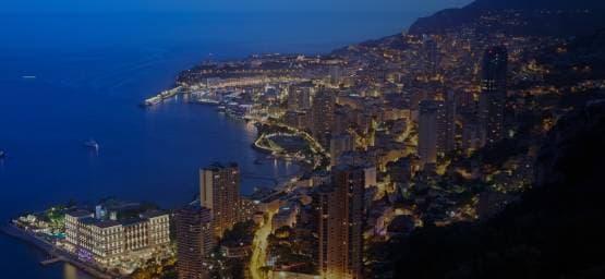 Navettes entre l'Aéroport de Nice et les stations balnéaires de la Côte-d'Azur